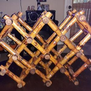 Vintage bamboo wood wine rack holds 8 bottles